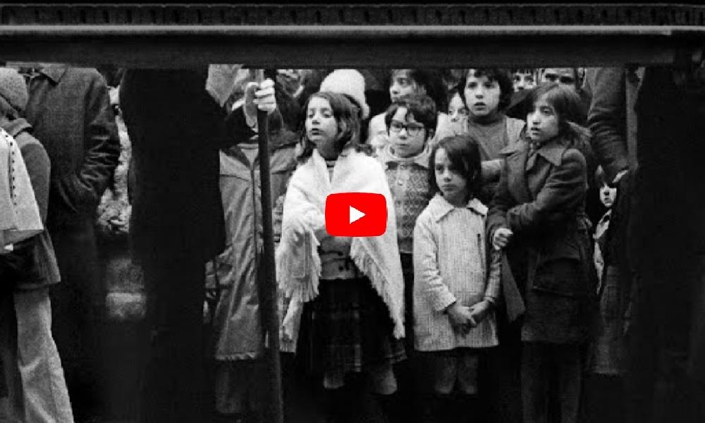 Settimana Santa. Le processioni dell'Addolorata e dei Misteri. Taranto, marzo 1975